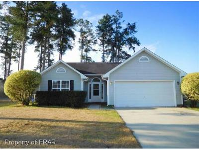 Raeford NC Single Family Home For Sale: $128,000