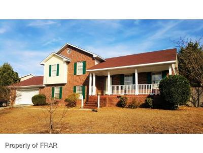 Hope Mills NC Single Family Home For Sale: $159,900