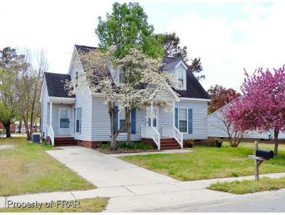 Robeson County Single Family Home For Sale: 1306 E 10th St