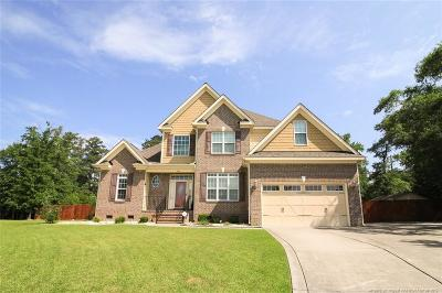 Fayetteville Single Family Home For Sale: 2912 Deep Channel Court
