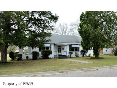 Red Springs Single Family Home For Sale: 120 McNeill Dr