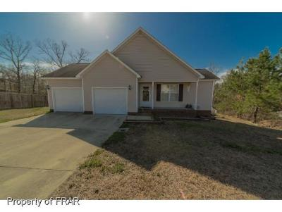 Raeford NC Single Family Home For Sale: $137,000