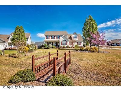 Fayetteville Single Family Home For Sale: 4113 Desert Cove Cir