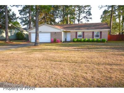 Hope Mills Single Family Home For Sale: 3839 Sturbridge Drive #19