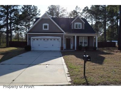 Raeford NC Single Family Home For Sale: $152,000