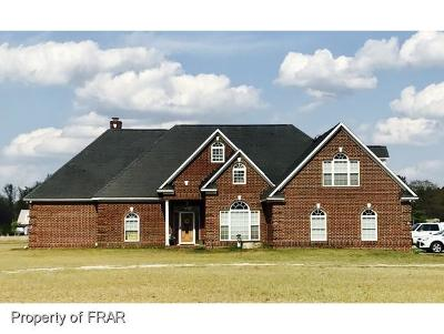Robeson County Single Family Home For Sale: 8625 Shannon Rd