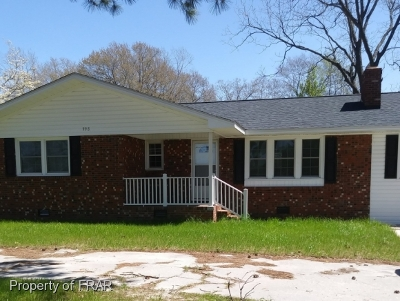 Robeson County Single Family Home For Sale: 998 Nc Hwy 71 N