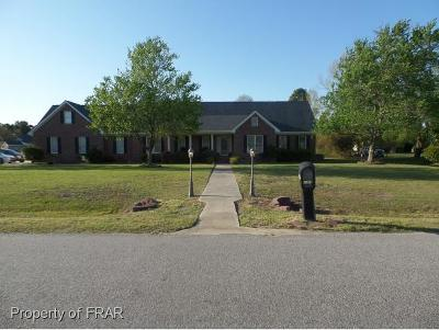 Hope Mills Single Family Home For Sale: 6083 Gallberry Farms Rd #30