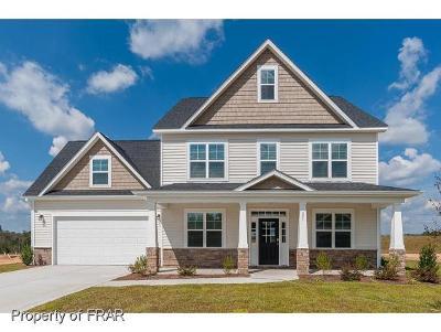 Hoke County Single Family Home For Sale: 221 Gladstone Street #118