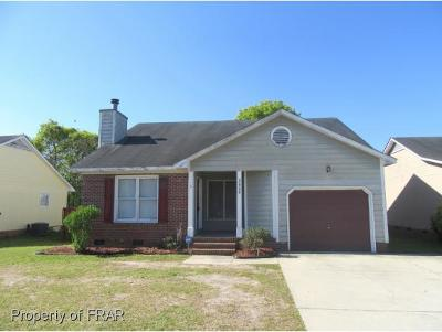 Hope Mills NC Single Family Home For Sale: $96,500