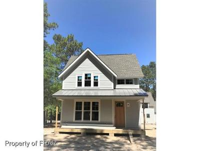 Southern Pines Single Family Home For Sale: 175 E New Jersey