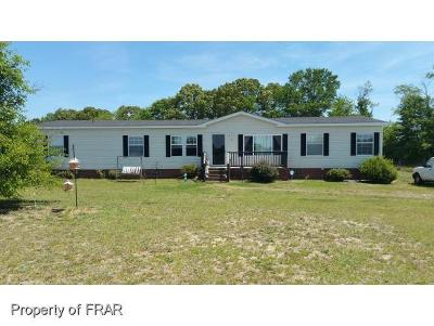 Robeson County Single Family Home For Sale: 52 Boling Ct