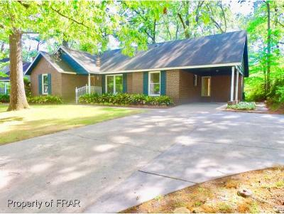 Robeson County Single Family Home For Sale: 3710 Berkley Ln