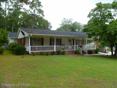 Raeford Single Family Home For Sale: 811 East Donaldson Ave