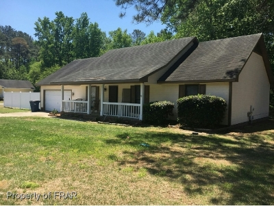 Raeford NC Single Family Home For Sale: $113,000