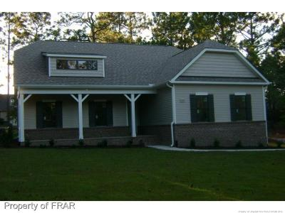 Seven Lakes, West End Single Family Home For Sale: 105 Dennis Circle