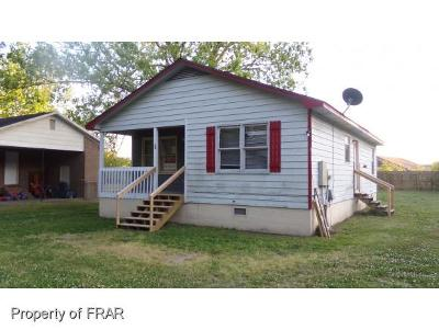 Robeson County Single Family Home For Sale: 29 Bryant St