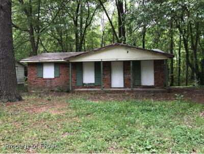Single Family Home For Sale: 907 Marsh