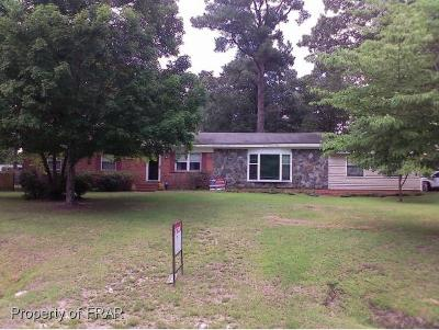 Raeford Single Family Home For Sale: 317 Walter Drive