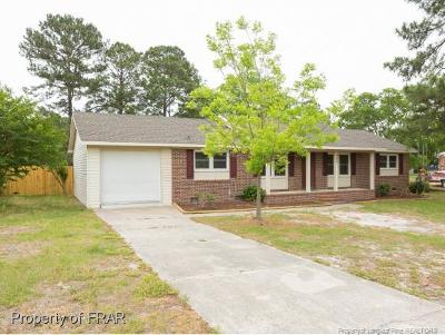 Hope Mills Single Family Home For Sale: 906 Axis Circle #11