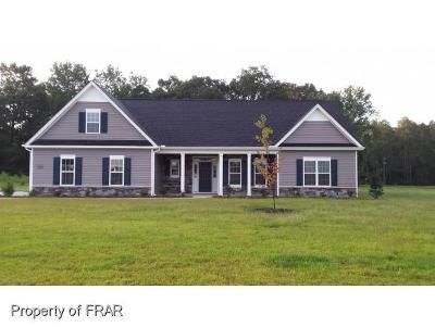 Fayetteville Single Family Home For Sale: 7037 Roslin Farm Rd. #1