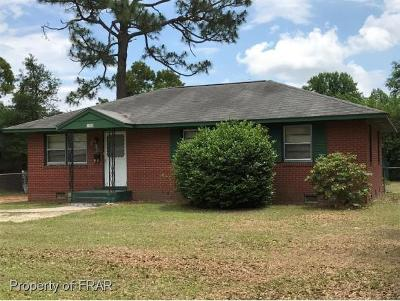 Fayetteville Single Family Home For Sale: 4309 Forestview Drive