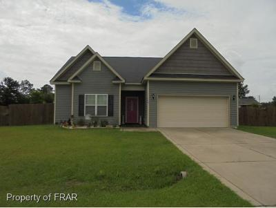Raeford NC Single Family Home For Sale: $135,500