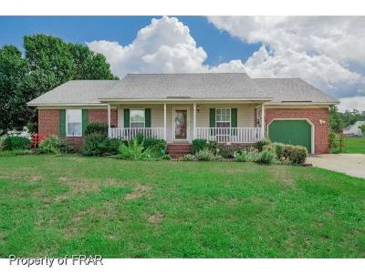 Hope Mills NC Single Family Home For Sale: $137,900
