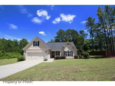 Raeford NC Single Family Home For Sale: $160,000