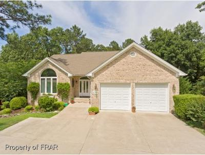 Southern Pines Single Family Home For Sale: 230 Sugar Pine Drive