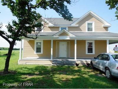 Sampson County Single Family Home For Sale: 3029 Turkey Hwy