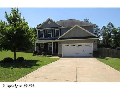 Raeford NC Single Family Home For Sale: $169,000