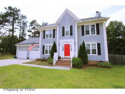 Fayetteville Single Family Home For Sale: 716 Foxcroft Drive #230