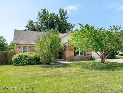 Fayetteville Single Family Home For Sale: 103 Duck Pl #44