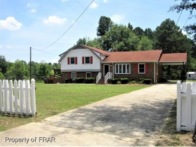 Hope Mills Single Family Home For Sale: 166 Congreve Road