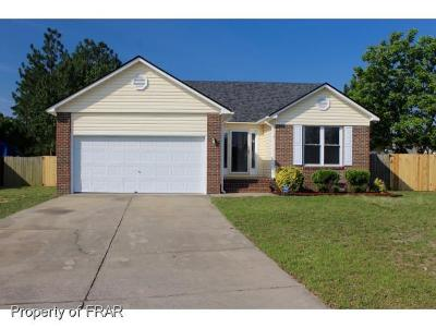 Hope Mills NC Single Family Home For Sale: $117,500