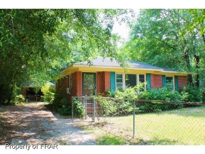 Fayetteville Single Family Home For Sale: 5109 Walnut Dr