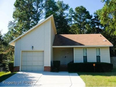Fayetteville Single Family Home For Sale: 7129 Old Castle Dr