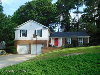 Fayetteville Single Family Home For Sale: 2642 Old Colony Place