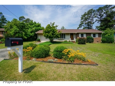 Fayetteville Single Family Home For Sale: 1438 Berriedale Dr #3