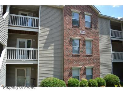 Fayetteville Single Family Home For Sale: 698 Bartons Landing Place #6