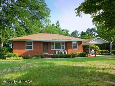 Fayetteville Single Family Home For Sale: 417 Longview Drive