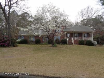 Hope Mills NC Single Family Home For Sale: $195,000