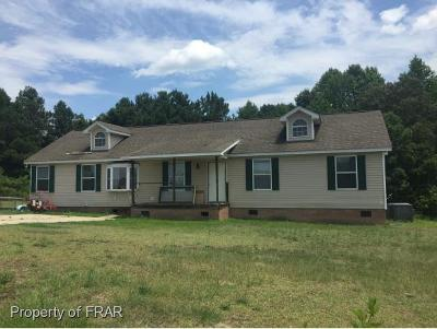 Raeford Single Family Home For Sale: 301 Rolling Pines Ct