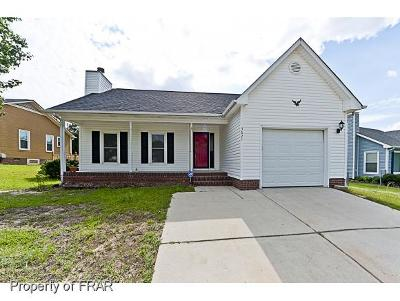 Hope Mills NC Single Family Home For Sale: $122,999