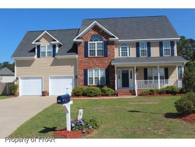 Fayetteville Single Family Home For Sale: 2906 Lambrusco Place