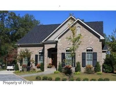 Fayetteville Single Family Home For Sale: 908 Calamint Ln