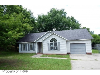 Hope Mills NC Single Family Home For Sale: $74,500