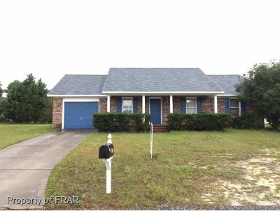 Hope Mills NC Single Family Home For Sale: $99,000