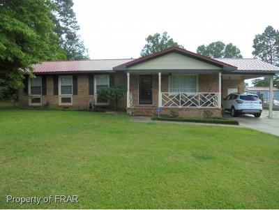Hope Mills NC Single Family Home For Sale: $146,500